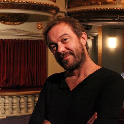 Mattias Carlsson, regissör för La Cage aux Folles. Foto: Jeanette Söderwall