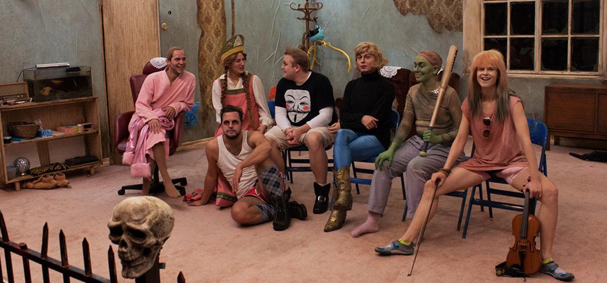 Baba Yaga - Karaktärerna i föreställningen är skapade utifrån improvisationsövningar.